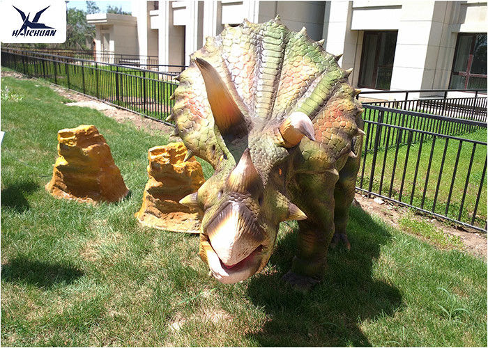 Artificial Triceratops Models Outdoor Dinosaur For Real Estate Decoration